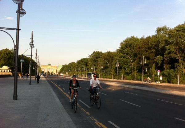 ciclistas-en-berlin_0