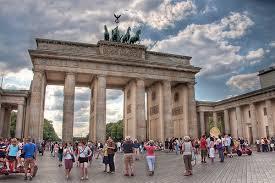 TURISTAS EN BERLÍN
